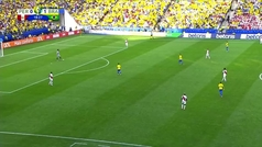 La toma falsa de la Copa América: Gallese despeja contra Firmino, la bola va al palo y el portero acaba por los suelos