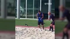 El particular método de recuperación de Leo Messi en la arena