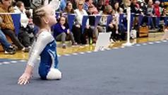 Paige, la gimnasta sin piernas que maravilla al mundo del deporte con ocho años