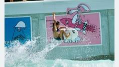 Así coge las olas Sky Brown, que además de skater es una gran surfista