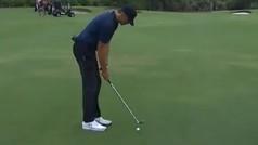 El golpe milagroso de casi 100 metros de Tom Brady jugando a golf en 'The Match'
