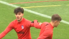 El Atlético se entrena con un Vitolo a pleno rendimiento