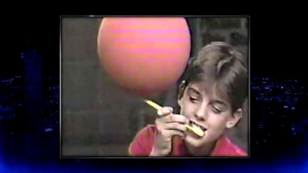 Fran Vogel, con 47 años lleva a los Lakers a la final y con 13 hacía esta frikada en la tele