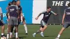 Messi luce nuevo cambio de look en el entrenamiento
