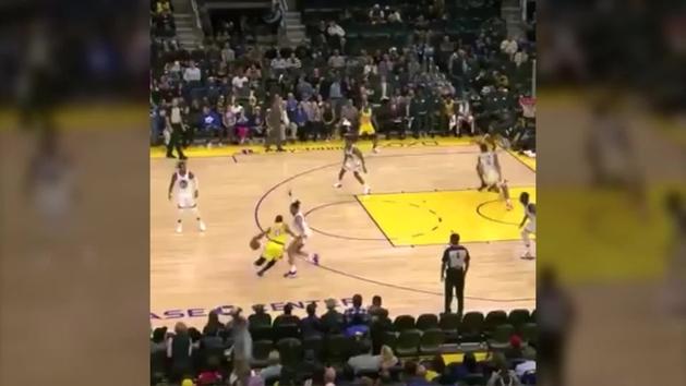 ¡Otra vez igual! Deja roto a su rival y desata la locura en los Lakers