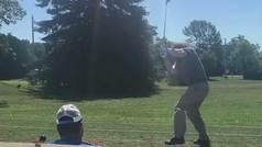 Un drive  de trinitrotolueno (TNT): El peor swing visto en el golf
