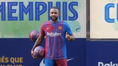 Las primeras imágenes de Depay con la camiseta del Barça