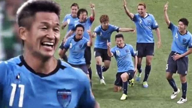 El abuelo japonés que no para de marcar: golazo a los 49 años