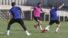 El Atlético trabaja la presión en el regreso a los entrenamientos