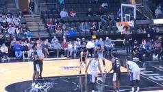 El peor tiro libre de la historia del baloncesto, ¿habías visto algo parecido alguna vez?