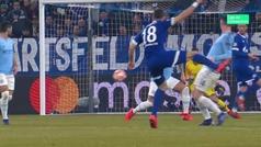Gol de Bentaleb (p.) (1-1) en el Schalke 2-3 Manchester City