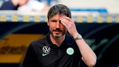 """Van Bommel: """"No podemos compararnos al Sevilla..."""""""