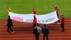 Emotivo desfile en el Olímpico Universitario por el 50 aniversario de México 68
