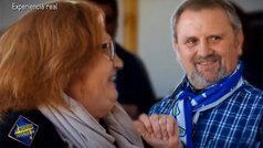 Maldini se compincha con una mujer para sorprender a su marido comentando fútbol por un pinganillo