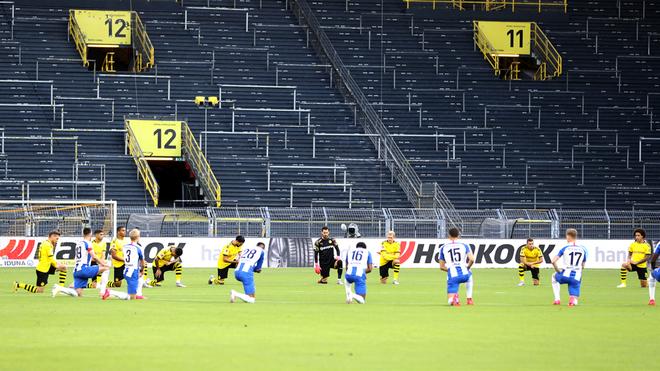 Bundesliga: Borussia Dortmund y Hertha Berlín protestan con la ...