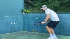 Un entrenador de tenis dificulta aún más el reto de Federer