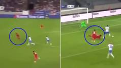 La preocupante acción defensiva de Van Dijk tras regresar al fútbol 9 meses después