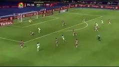 El gol lo mete Ighalo pero la obra de arte es de Ola Aina: taconazo brutal e inesperado