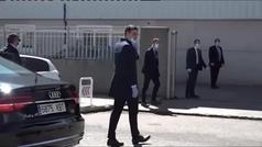 Sánchez visita una fábrica de respiradores en Móstoles