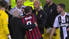 El cabreo de Higuaín tras otra final perdida: entradón en el minuto 93 y discusión con Bonucci