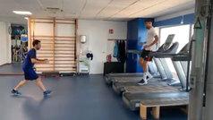 ¿Cómo entrenar fútbol en una cinta de correr? Rafa Mir te lo enseña