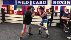 Manny Pacquiao muestra su velocidad antes de enfrentarse a Brones