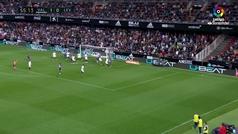 Gol de Soler (p.p) (1-1) en el Valencia 3-1 Levante