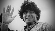 """Maradona, una vida en fotos... y en un vídeo: """"¿De qué planeta viniste?"""""""