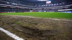 Trabajan en la cancha del Estadio Azteca a seis días del Monday Night