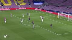 El VAR anuló este gol a Messi por mano en el control