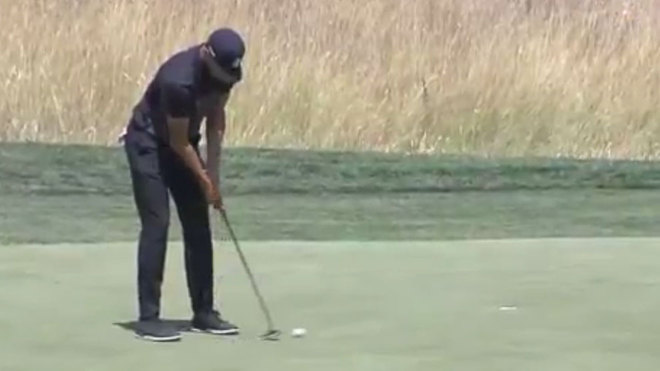Acaba Curry último en torneo de golf