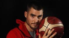 """Juancho Hernán Gómez: """"Jugar contra LeBron es lo mejor que me ha pasado"""""""