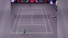 El genial no punto de tenis de Jannik Sinner