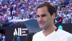 Federer reconoce que a su edad debería estar esquiando en Suiza