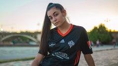 Esperanza Borrás, hija de una internacional española de fútbol femenino, fichaje estelar del Team He