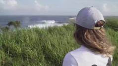 Gisela Pulido surfea Jaws