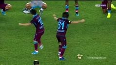 La perla del fútbol turco celebró la victoria del Trabzonspor... con un baile regional