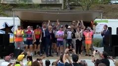 Imposible terminar mejor una carrera: ¡En el podio como si fuera una discoteca!