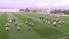 Bale vuelve a entrenarse con sus compañeros antes del viaje a Zaragoza
