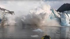 Dos kayakistas casi mueren engullidos por el hielo tras el colapso del puente de un glaciar