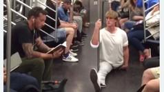 Logan Paul se abre de piernas por Nueva York
