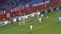 Paradón de póster de un jugador del Trabzonspor... ¡que ni fue roja ni evitó el gol!