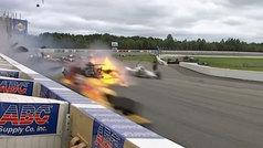 Escalofriante accidente de Robert Wickens en la Indycar: ¡el coche se deshizo en mil pedazos!