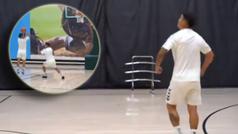 James, como nunca antes lo habías visto: su show jugando al basket