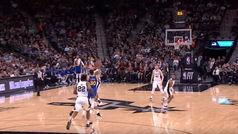 Stephen Curry enmudece San Antonio con su triple más lejano de la temporada