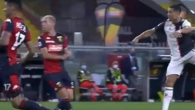 Viendo la cara de sus rivales sabes que es un golazo: ¡vaya chirlo de Cristiano!