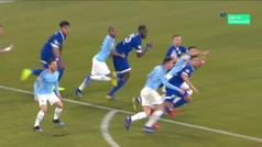 Gol de Bentaleb (p.) (2-1) en el Schalke 2-3 Manchester City