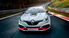 El Renault Megane R.S. Trophy-R 'vuela' en Nürburgring