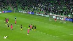 El 'método Jorginho' no siempre sale bien: saltito-paradinha... ¡y penalti al palo!
