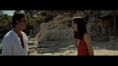 Mario Casas y Mireia Oriol protagonizan el último anuncio de Estrella Damm